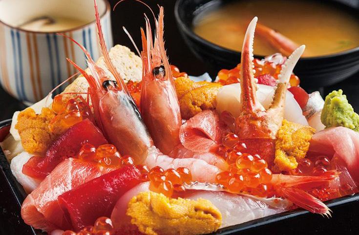 魚沼本気丼「極上贅沢海鮮重」(2日目昼食)