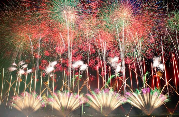 日本一の花火師を決める権威ある花火大会