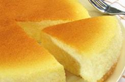 蓼科高原チーズケーキ工房謹製「黄金色」のチーズケーキ