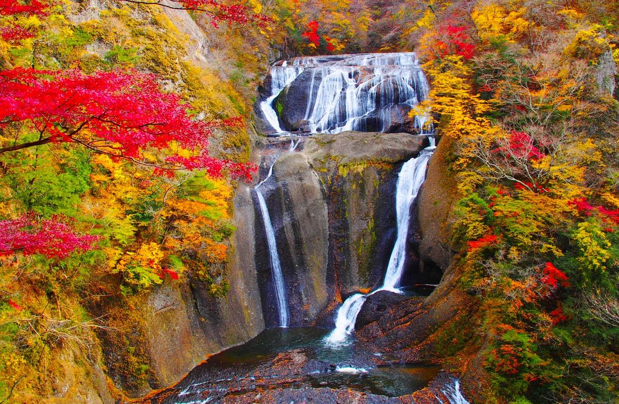 日本三名瀑のひとつ袋田の滝