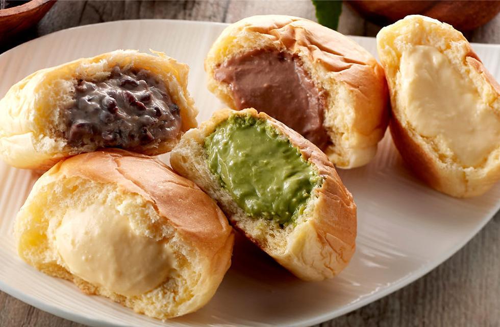 スイーツの様な軽い触感が人気の「八天堂」くりーむパン