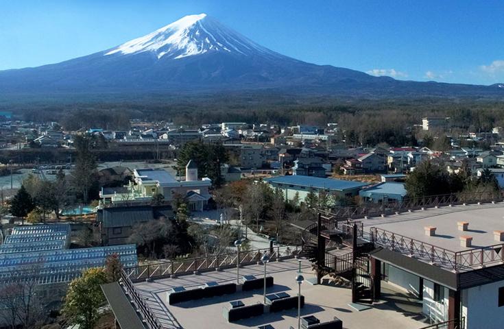 遮るものがないパノラマの富士山が見られる絶景スポット