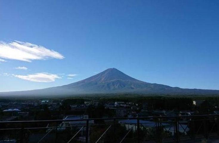 絶景富士山を眺める展望台も無料で入場OK