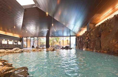石和温泉最大級のお風呂