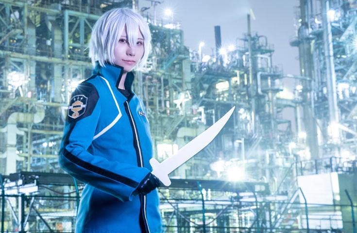 川崎の工場をバックに開放的にコス写しちゃいましょう!