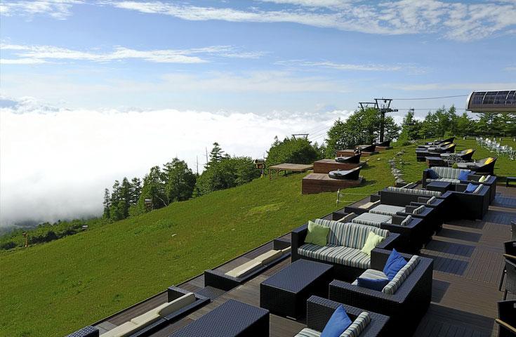 目の前に広がる野辺山高原や富士山の絶景をじっくりと堪能できます。