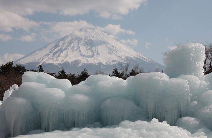 富士山と樹氷のコラボレーション