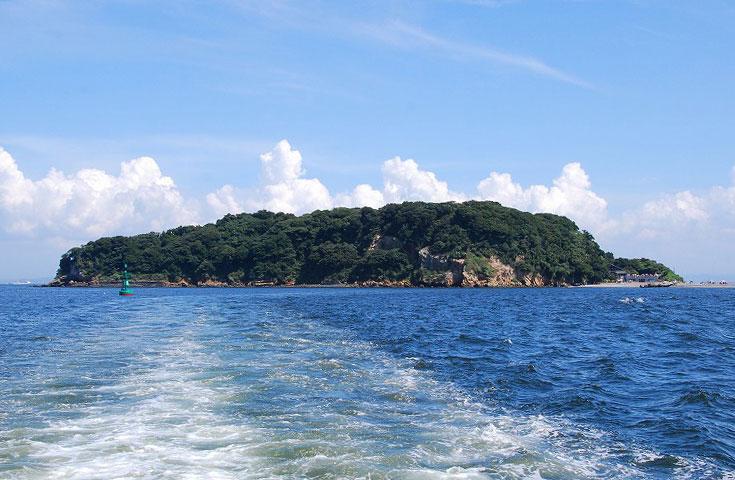 東京湾に浮かぶ無人島「猿島」へ