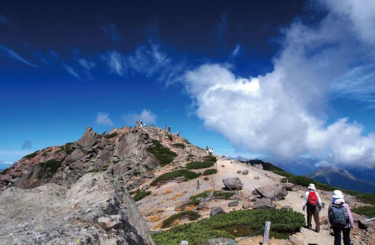 気軽に登れる北アルプスとして有名な乗鞍岳