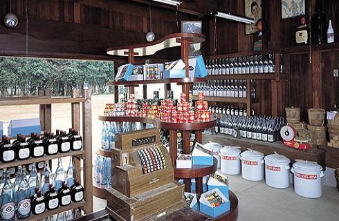 東京たてもの園内「小寺醤油店」建物内の様子