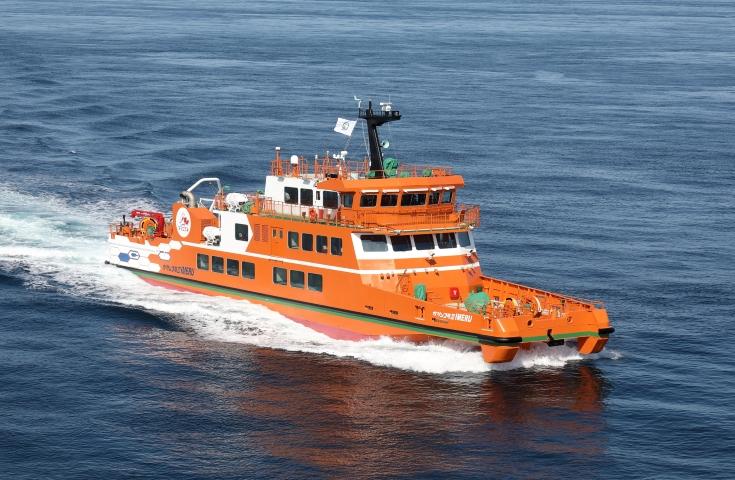 北海道遺産のひとつ流氷砕氷船ガリンコ号III