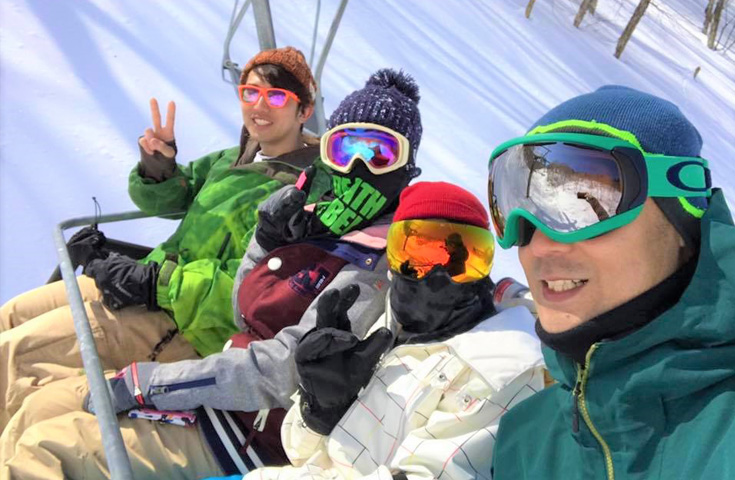 極上のパウダースノー!戸隠スキー場リフト2日券付!