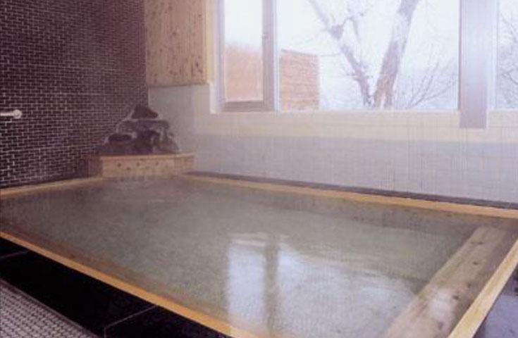 ハイキングの後は温泉入浴でリフレッシュ!