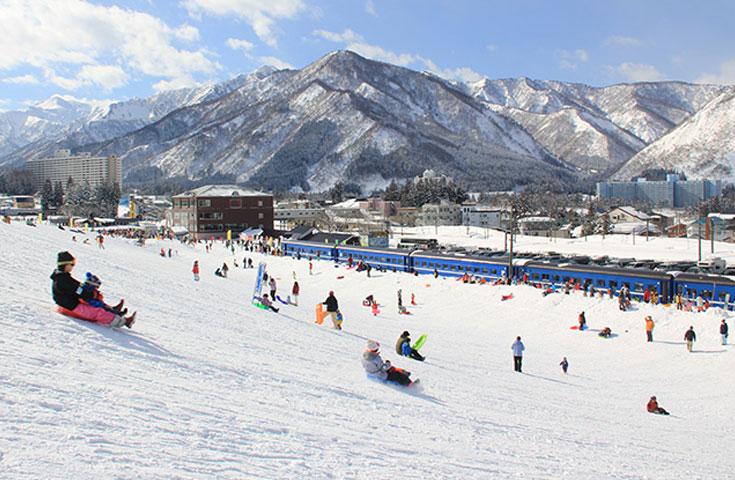 子供から大人まで楽しめるスノーリゾート
