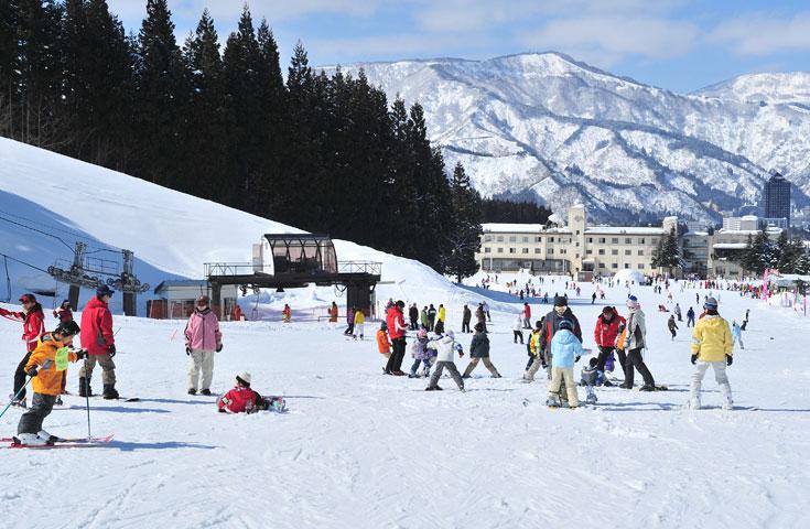 楽しく雪と戯れるパークも充実。